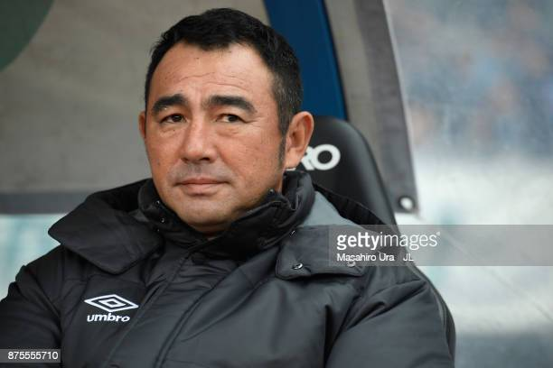Head coach Kenta Hasegawa of Gamba Osaka looks on prior to the J.League J1 match between Kawasaki Frontale and Gamba Osaka at Todoroki Stadium on...