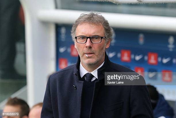 Head coach Laurent Blanc of Paris SaintGermain during the French Ligue 1 between Paris SaintGermain and Lille OSC at Parc Des Princes on february 13...