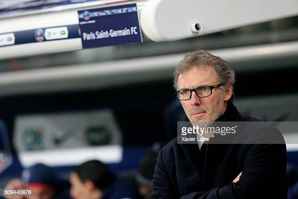 Head coach Laurent Blanc of Paris SaintGermain during the French Cup between Paris SaintGermain and Lyon at Parc Des Princes on february 10 2016 in...