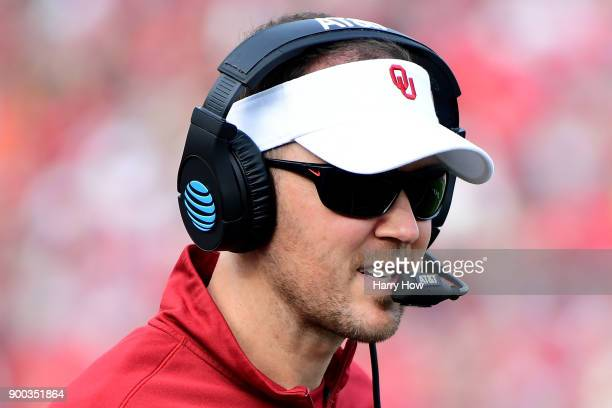Head coach Lincoln Riley of the Oklahoma Sooners communicates on the sidelines in the 2018 College Football Playoff Semifinal Game agains the Georgia...