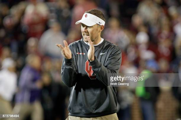 Head Coach Lincoln Riley of the Oklahoma Sooners during warm ups before the game against the TCU Horned Frogs at Gaylord Family Oklahoma Memorial...