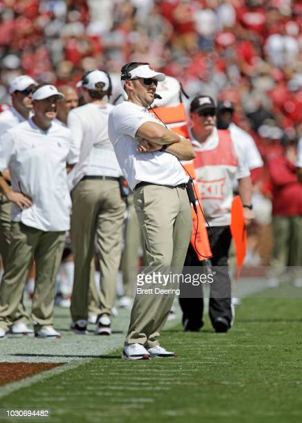 Head Coach Lincoln Riley of the Oklahoma Sooners watches an extra point kick during the game against the Florida Atlantic Owls at Gaylord Family...