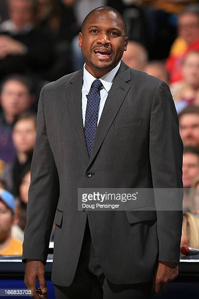 Head coach Lindsey Hunter of the Phoenix Suns directs his team against the Denver Nuggets at the Pepsi Center on April 17 2013 in Denver Colorado...