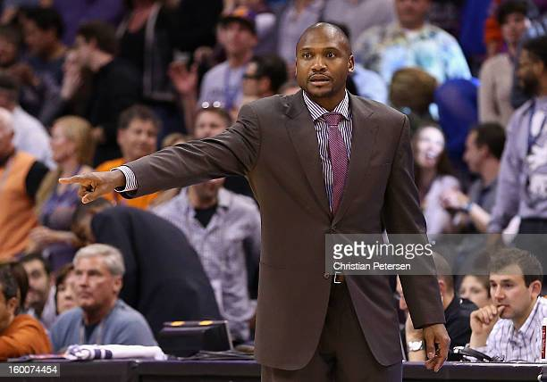 Head coach Lindsey Hunter of the Phoenix Suns reacts during the NBA game against the Los Angeles Clippers at US Airways Center on January 24 2013 in...