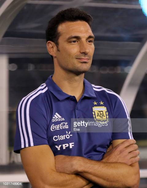 Head coach Lionel Scaloni of Argentina looks on from his bench before the match against Colombia at MetLife Stadium on September 11 2018 in East...