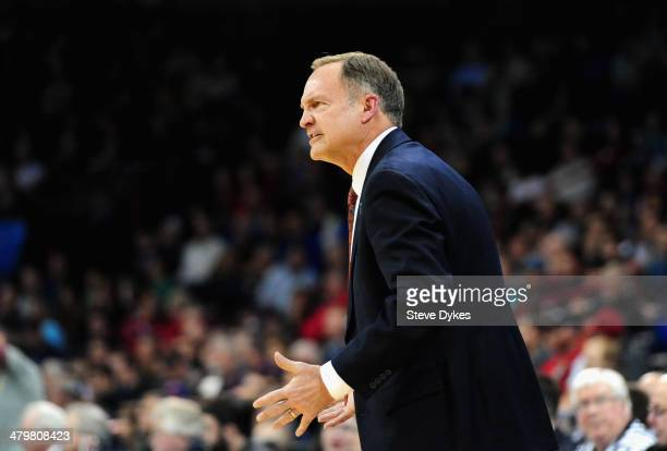 Head coach Lon Kruger of the Oklahoma Sooners yells to his team during the second round of the 2014 NCAA Men's Basketball Tournament against the...