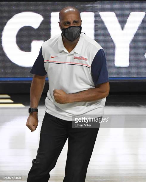 Head coach Lorenzo Romar of the Pepperdine Waves reacts during a timeout in his team's game against the Santa Clara Broncos during the West Coast...