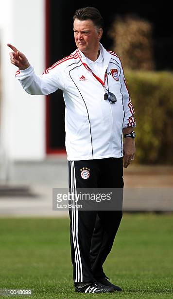 Head coach Louis van Gaal gives instructions during a Bayern Muenchen training session ahead of the UEFA Champions League Round of 16 second leg...