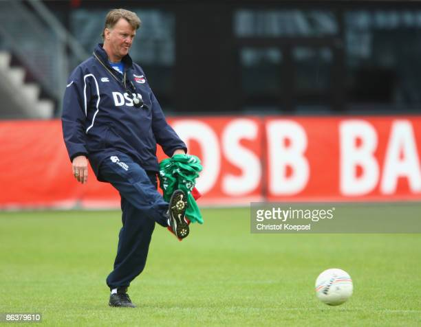 Head coach Louis van Gaal shoots the ball during the training session of AZ Alkmaar at the DSB stadium on May 5, 2009 in Alkmaar, Netherlands. Dutch...