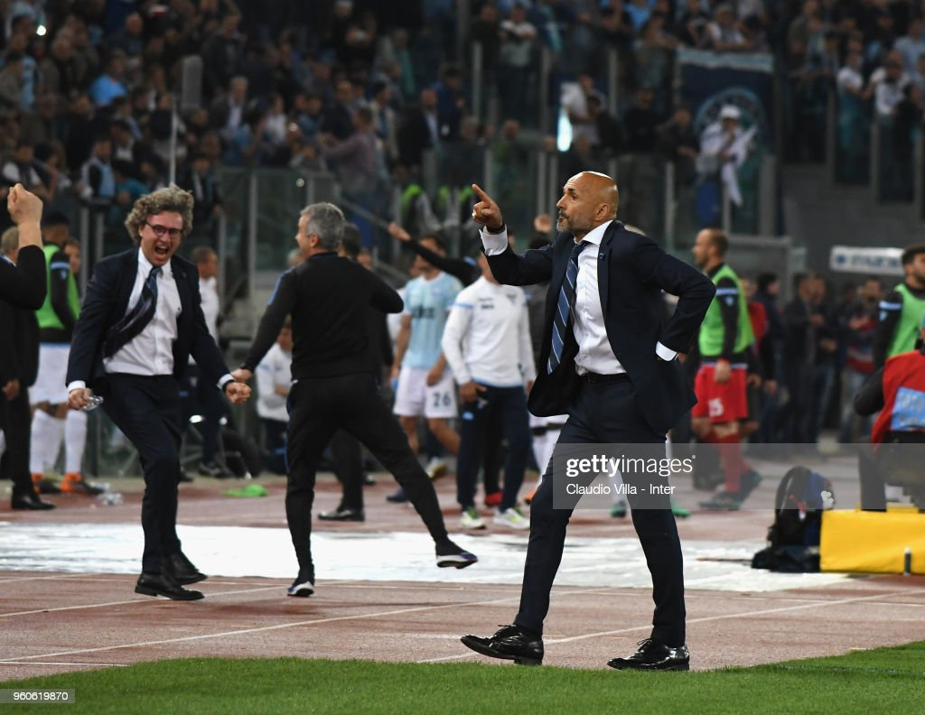 Head coach Luciano Spalletti of FC Internazionale celebrate the victory and the qualification for the Champions League during the serie A match between SS Lazio and FC Internazionale at Stadio Olimpico on May 20, 2018 in Rome, Italy.