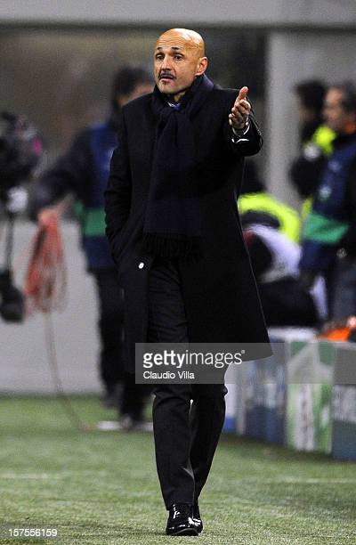 Head coach Luciano Spalletti of Zenit St Petersburg during the UEFA Champions League group C match between AC Milan and Zenit St Petersburg at San...
