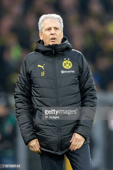 head coach Lucien Favre of Borussia Dortmund looks on during the ...