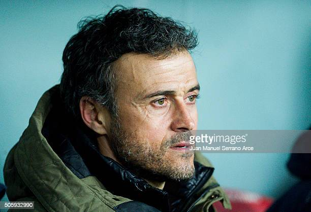 Head coach Luis Enrique of FC Barcelola looks on prior to the start the Copa del Rey Quarter Final First Leg match between Athletic Club and FC...