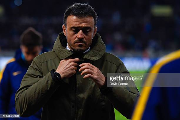 Head coach Luis Enrique of FC Barcelona leaves the pitch during the La Liga match between Real Sociedad de Futbol and FC Barcelona at Estadio Anoeta...