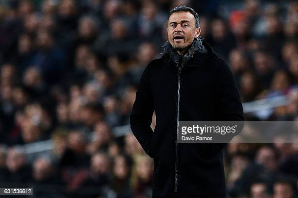Head coach Luis Enrique of FC Barcelona looks on during the Copa del Rey round of 16 second leg match between FC Barcelona and Athletic Club at Camp...