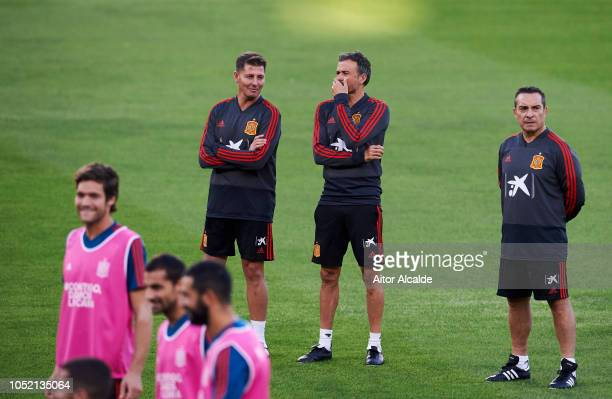 Head coach Luis Enrique of Spain attends a training session ahead of their UEFA Nations League match against Spain at Estadio Benito Villamarin on...