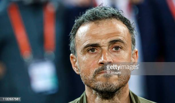 Head coach Luis Enrique of Spain looks on during the 2020 UEFA European Championships group F qualifying match between Spain and Norway at Estadi de...