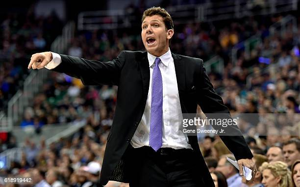 Head coach Luke Walton of the Los Angeles Lakers gestures from the sideline in the first half against the Utah Jazz at Vivint Smart Home Arena on...