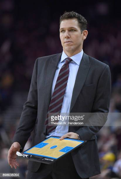Head coach Luke Walton of the Los Angeles Lakers looks on against the Golden State Warriors during an NBA basketball game at ORACLE Arena on December...