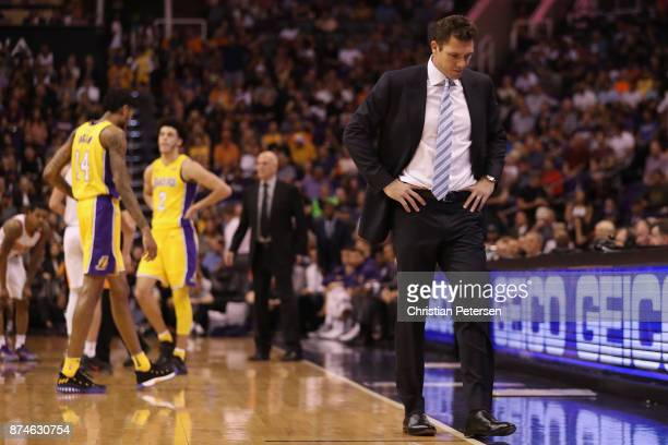 Head coach Luke Walton of the Los Angeles Lakers reacts during the NBA game against the Phoenix Suns at Talking Stick Resort Arena on November 13...
