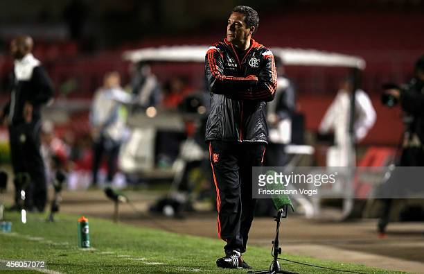 Head coach Luxemburgo of Flamengo looks on during the match between Sao Paulo and Flamengo for the Brazilian Series A 2014 at Estadio do Morumbi on...