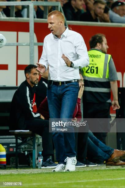 Head coach Maik Walpurgis of Dynamo Dresden gestures during the Second Bundesliga match between SSV Jahn Regensburg and SG Dynamo Dresden on...