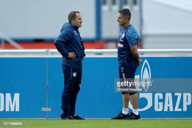 Head coach Manuel Baum and Werner Leuthard, head of perrformance attend the training session of FC Schalke 04 at Parkstadion on September 30, 2020 in...