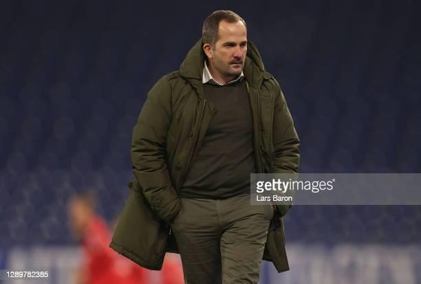 Head coach Manuel Baum looks on during the Bundesliga match between FC Schalke 04 and Bayer 04 Leverkusen at Veltins-Arena on December 06, 2020 in...