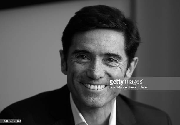 Head coach Marcelino Garcia Toral of Valencia CF reacts on prior to the start the La Liga match between Athletic Club and Valencia CF at San Mames...