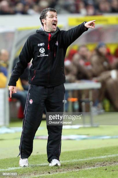 Head coach Marco Kurz of Kaiserslautern issues instructions during the Second Bundesliga match between 1FC Kaiserslautern and FC St Pauli at...