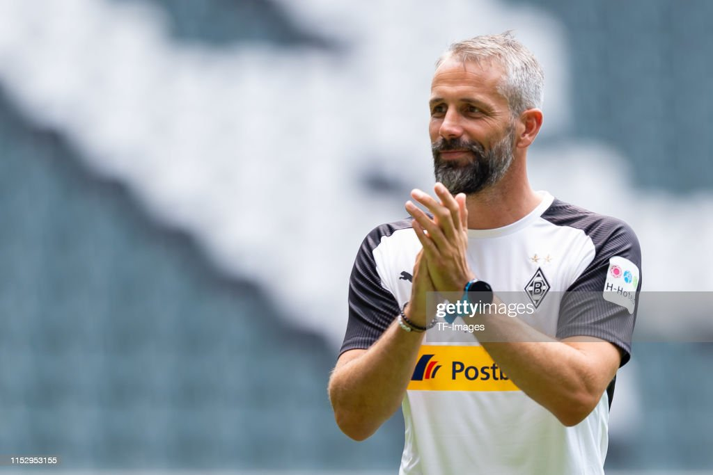 Borussia Moenchengladbach Training Session : ニュース写真