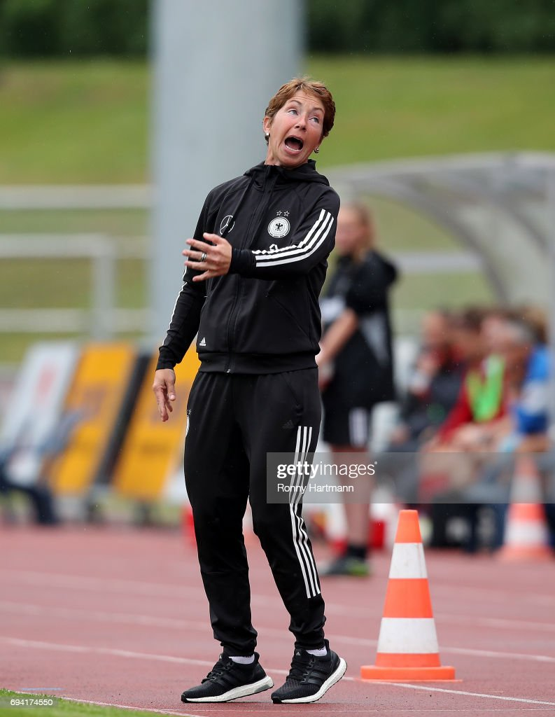 Germany v Switzerland - U19 Women's Elite Round : News Photo