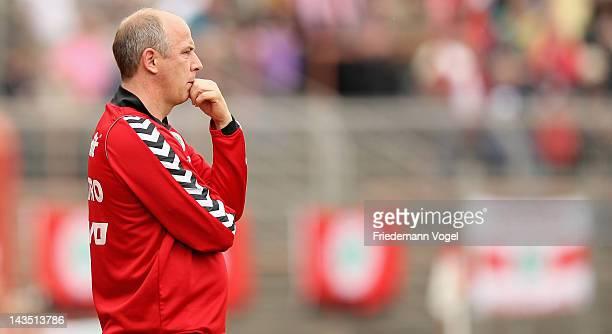 Head coach Mario Basler of Oberhausen looks on during the Third League match between RW Oberhausen and Jahn Regensburg at the Niederrhein Stadium on...