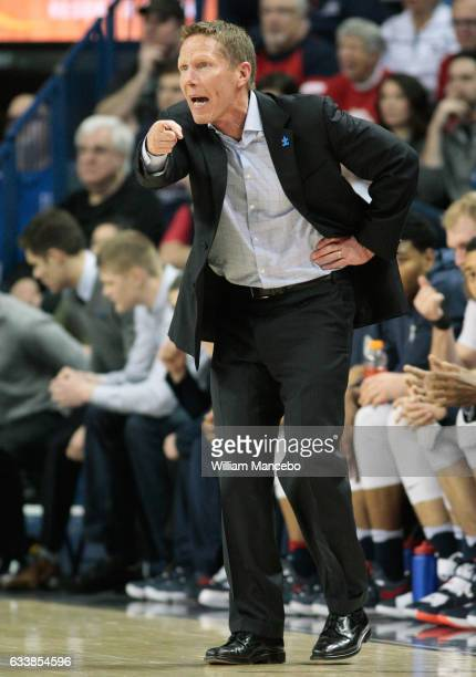 Head coach Mark Few of the Gonzaga Bulldogs works from the sidelines in the first half against the Santa Clara Broncos at McCarthey Athletic Center...