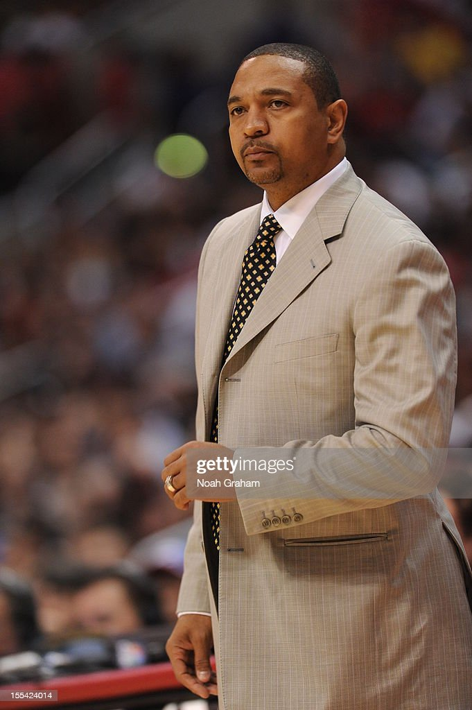 Head Coach Mark Jackson of the Golden State Warriors watches his team during the game between the Los Angeles Clippers and the Golden State Warriors at Staples Center on November 3, 2012 in Los Angeles, California.