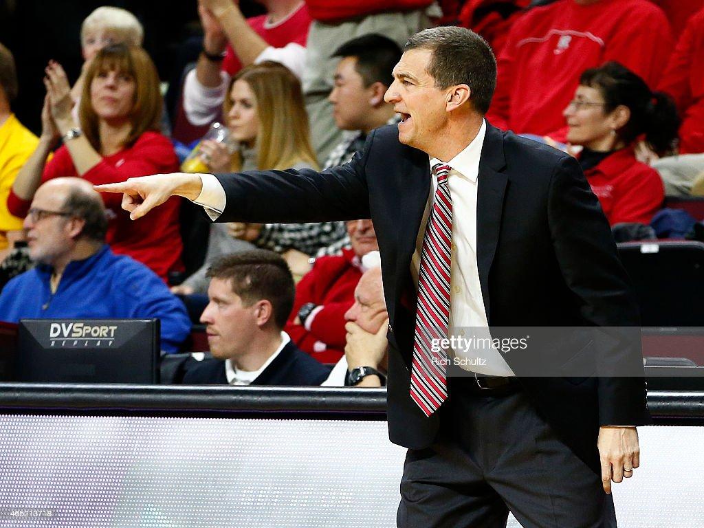 Maryland v Rutgers : News Photo