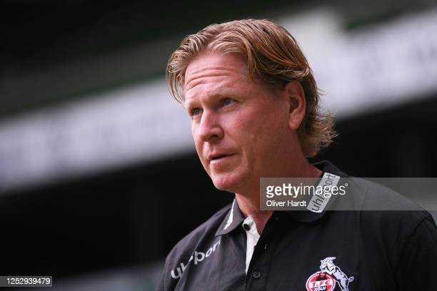 Head coach Markus Gisdol of 1. FC Koeln looks on prior to the Bundesliga match between SV Werder Bremen and 1. FC Koeln at Wohninvest Weserstadion on...