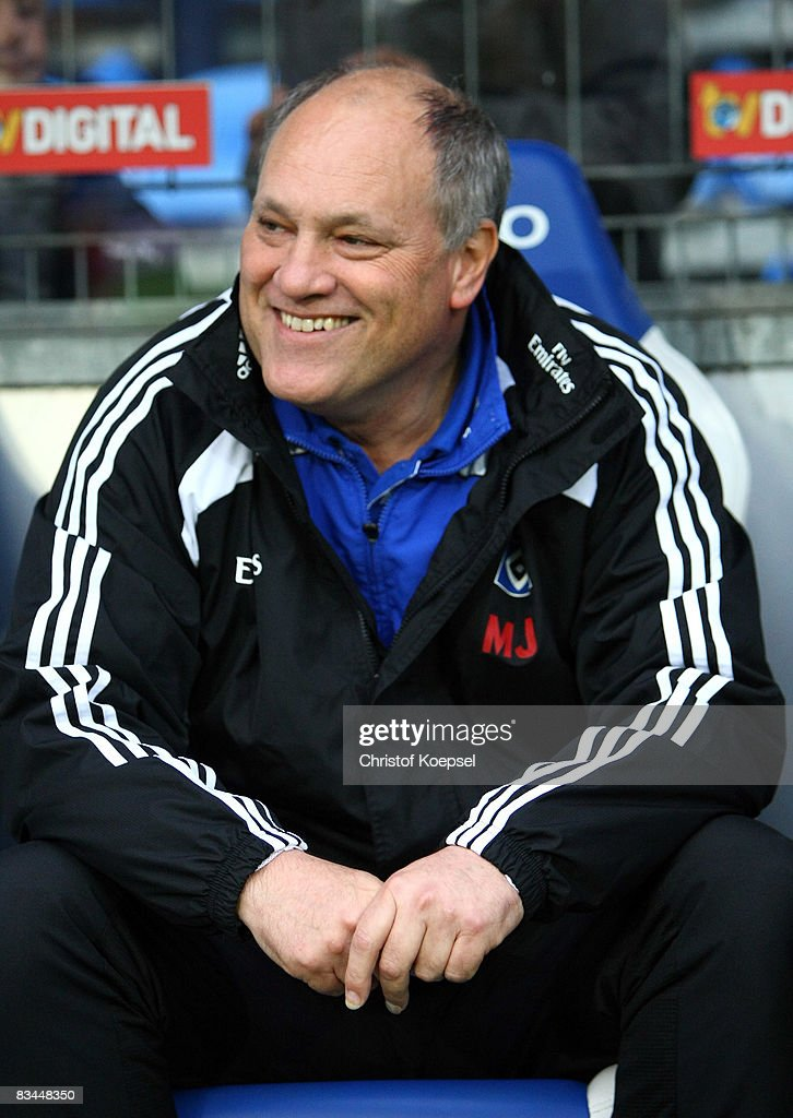 Head coach Martin Jol of Hamburg is seen during the Bundesliga match between 1899 Hoffenheim and Hamburger SV at the Carl-Benz-Stadium on October 26, 2008 in Mannheim, Germany.