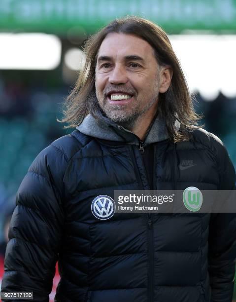 Head coach Martin Schmidt of Wolfsburg enters the pitch prior to the Bundesliga match between VfL Wolfsburg and Eintracht Frankfurt at Volkswagen...