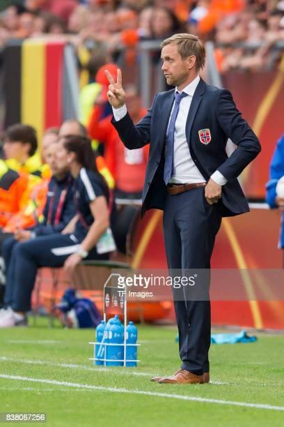 Head coach Martin Sjoeogren of Norway gestures during their Group A match between Netherlands and Norway during the UEFA Women's Euro 2017 at Stadion...
