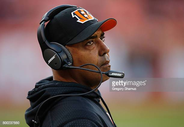 Head coach Marvin Lewis looks on while playing the Cleveland Browns at FirstEnergy Stadium on December 6 2015 in Cleveland Ohio Bengals won the game...