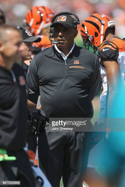 Head Coach Marvin Lewis of the Cincinnati Bengals instructs his team from the sidelines during the game against the Baltimore Ravens at Paul Brown...