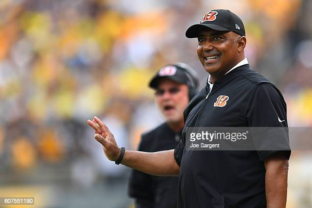Head coach Marvin Lewis of the Cincinnati Bengals looks on against the Pittsburgh Steelers in the first half at Heinz Field on September 18 2016 in...