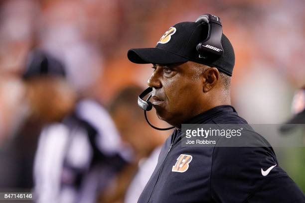 head coach Marvin Lewis of the Cincinnati Bengals looks on against the Houston Texans during the first half at Paul Brown Stadium on September 14...