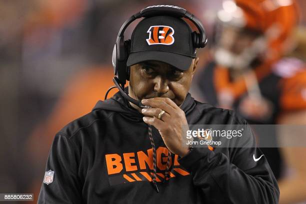 Head coach Marvin Lewis of the Cincinnati Bengals looks on against the Pittsburgh Steelers during the first half at Paul Brown Stadium on December 4...