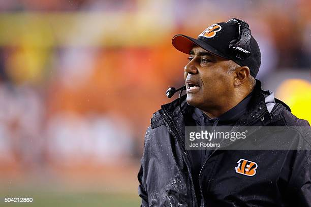 Head coach Marvin Lewis of the Cincinnati Bengals looks on in the first half against the Pittsburgh Steelers during the AFC Wild Card Playoff game at...