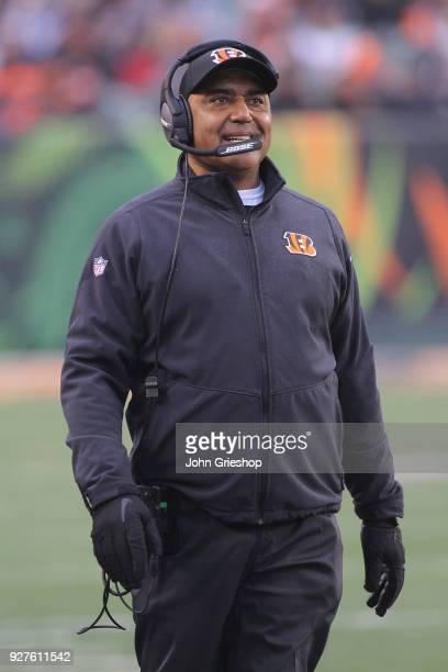 Head Coach Marvin Lewis of the Cincinnati Bengals walks the sidelines during the game against the Detroit Lions at Paul Brown Stadium on December 24...