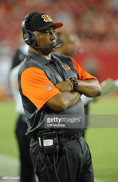 Head coach Marvin Lewis of the Cincinnati Bengals watches from the sidelines against the Tampa Bay Buccaneers at Raymond James Stadium in preseason...