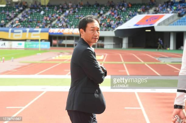 Head coach Masahiro Shimoda of Renofa Yamaguchi looks on prior to the J.League Meiji Yasuda J2 match between V-Varen Nagasaki and Renofa Yamaguchi at...