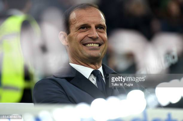 Head coach Massimiliano Allegri of Juventus looks on during the Serie A match between Juventus and AC Milan on April 06 2019 in Turin Italy